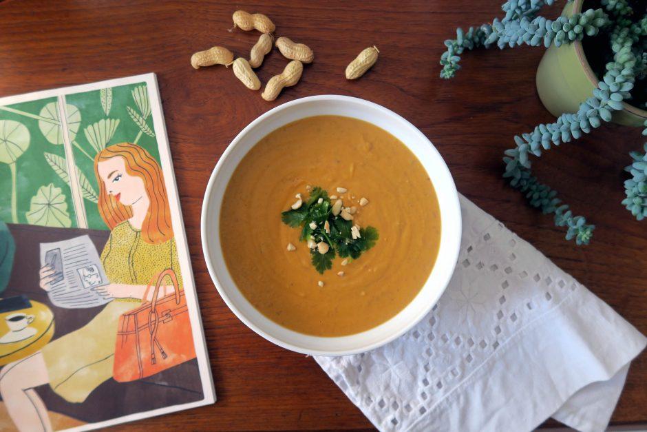 glutenfreie und vegane Süßkartoffel-Erdnuss-Suppe