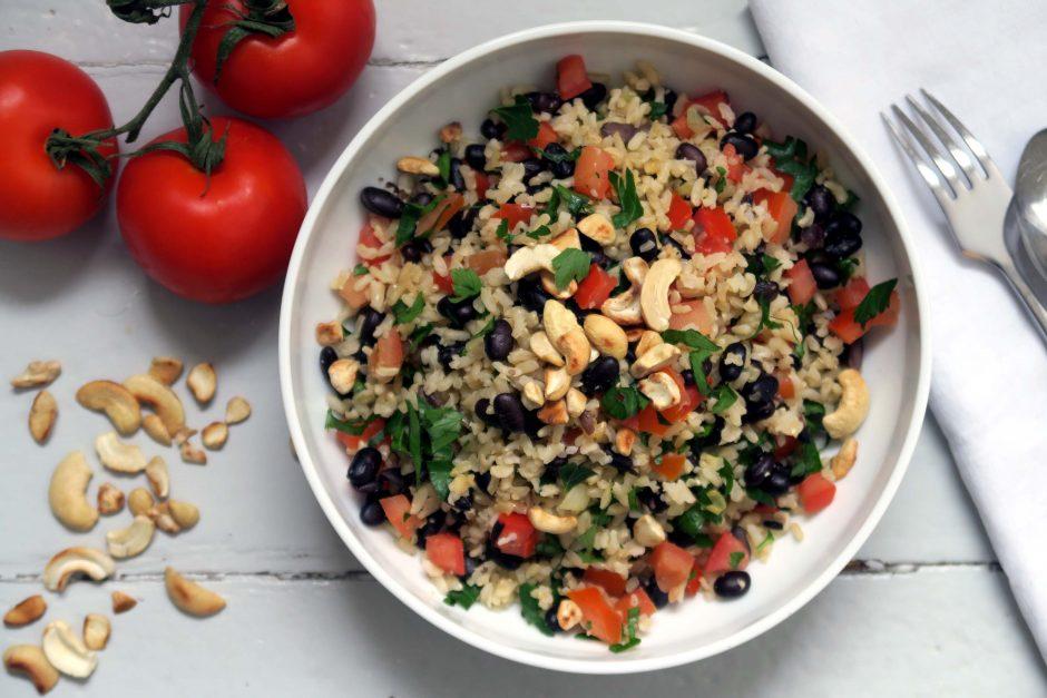 veganer und glutenfreier Bohnen-Reis-Salat